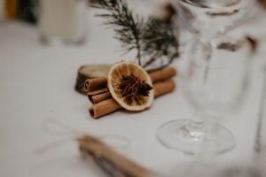 ślub w grudniu dekoracje