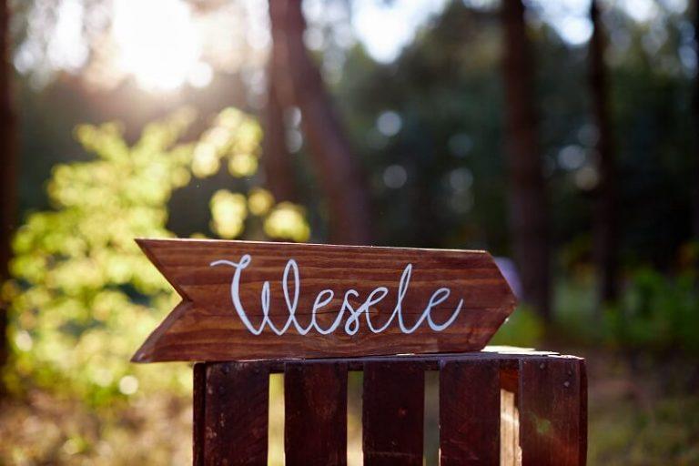drogowskaz wesele, dekoracja weselna na wypożyczenie