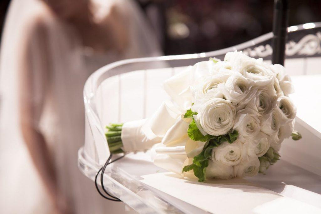 Bukiet ślubny w stylu glamour